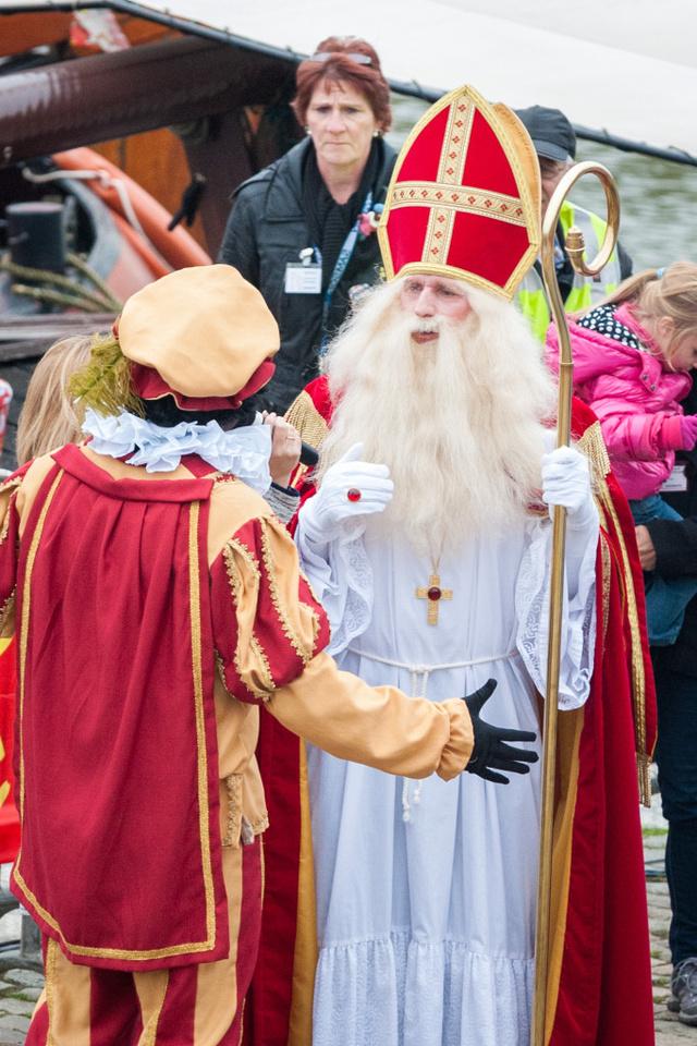 Sinterklaas and a Zwarte Piet